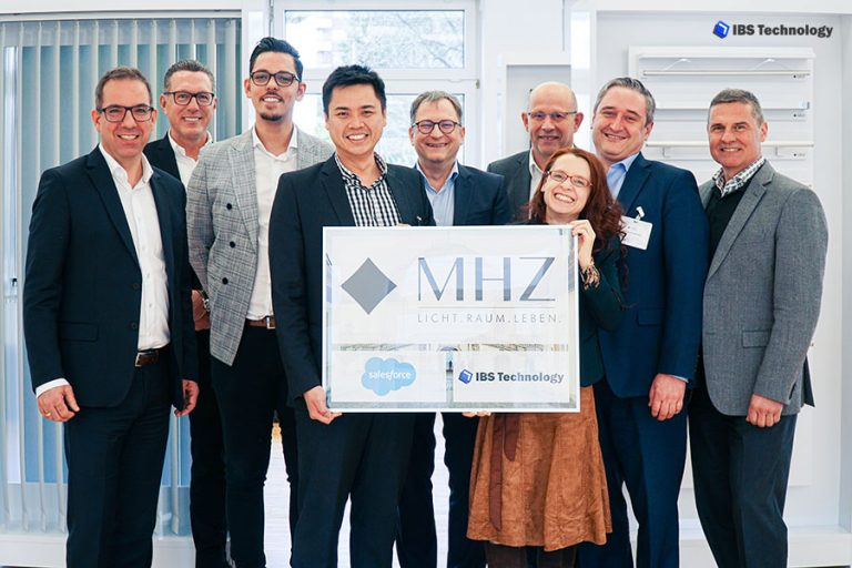 IBS Technology - MHZ Hachtel - Salesforce - Group Picture